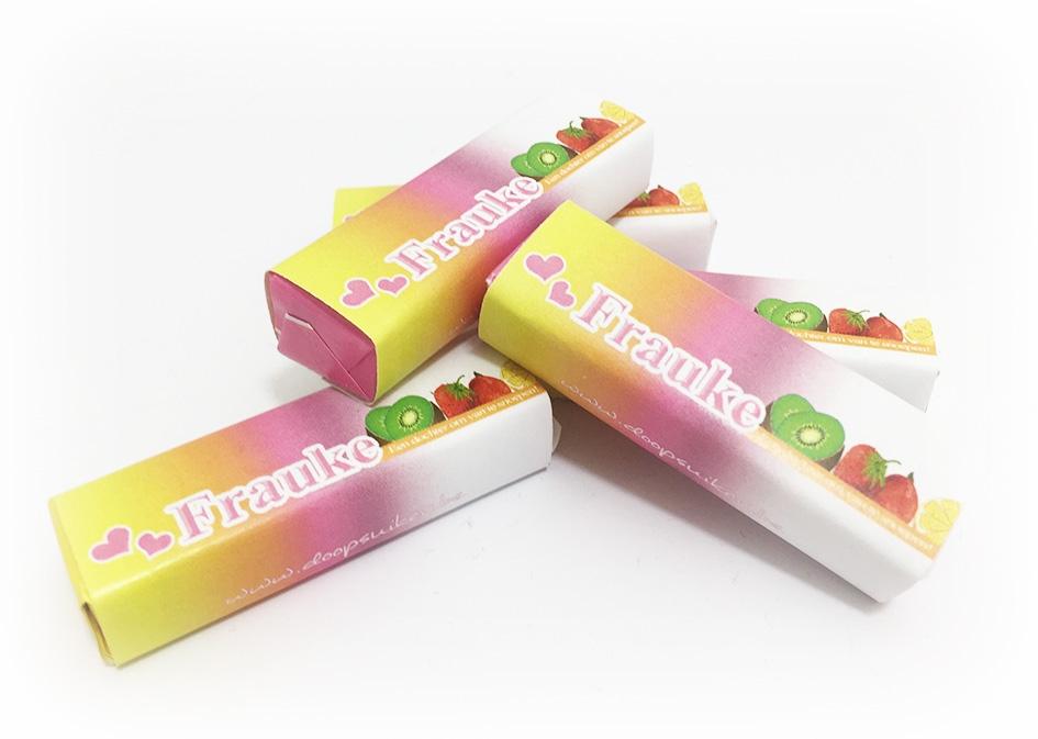 Mini fruit-tella met label